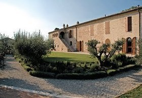 Le Marche Best Accommodation: Borgo Storico Seghetti Panichi | Le Marche Properties and Accommodation | Scoop.it