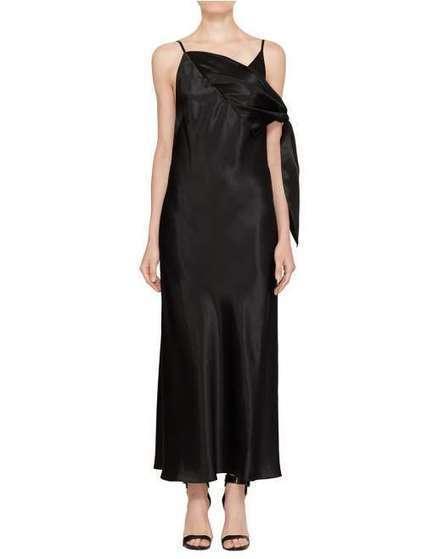 5dbb1dff722f Buy Latest Women s Designer Fashion Online in Singapore