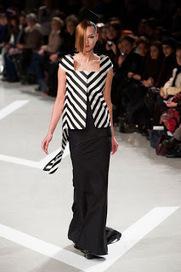 Collection: Kamila Wawrzyniak for Julien Fournie Haute Couture, S ...   Julien Fournié   Scoop.it