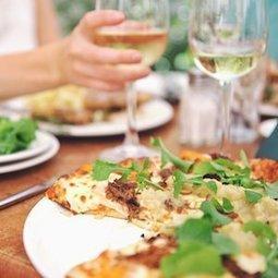 Manger loin de chez soi augmente le risque d'hypertension   À Votre Santé   Scoop.it