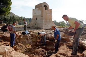 Archaeologists uncover more evidence at La Vila site | Histoire et Archéologie | Scoop.it