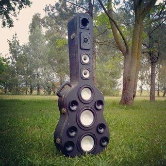 Guitare Boombox | DESARTSONNANTS - CRÉATION SONORE ET ENVIRONNEMENT - ENVIRONMENTAL SOUND ART - PAYSAGES ET ECOLOGIE SONORE | Scoop.it