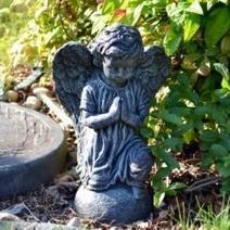 How To Paint Your Own Garden Figurines and Decor | Crafts & DIY | Scoop.it