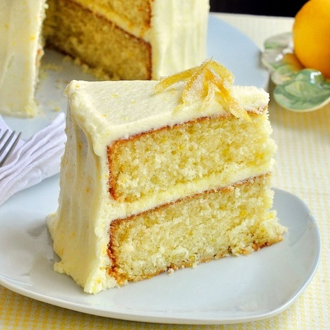 Lemon Velvet Cake | The Man With The Golden Tongs Hands Are In The Oven | Scoop.it