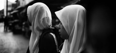 La Journée mondiale des femmes sans voiles a du mal à passer auprès des musulmanes   Think outside the Box   Scoop.it