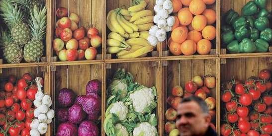 Le raisin et le céleri en tête des fruits et légumes les plus contaminés par les pesticides