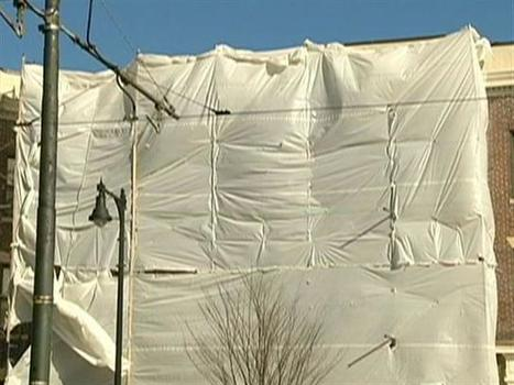 Falling construction worker saved by bubble wrap   No Such Thing As The News   Scoop.it