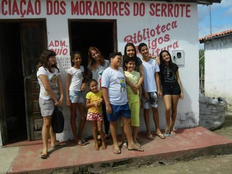 Grâce à WhatsApp, cette Brésilienne de 12 ans ouvre une bibliothèque communautaire | Des livres, des bibliothèques, des librairies... | Scoop.it