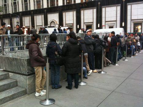 The Psychological Effects Of Waiting In Line For Perceived Value   behavioural psychology   Scoop.it