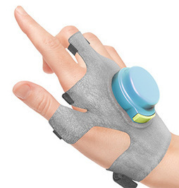 How the GyroGlove Steadies Hands of Parkinson's Patients | Social Neuroscience Advances | Scoop.it