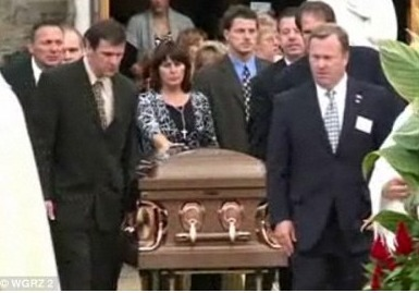 Hundreds Attend Jamey Rodemeyer's Funeral, 14 Y.O. Who Committed Suicide (VIDEO) | Cyberbullying, it's not a game! It's your Life!!! | Scoop.it