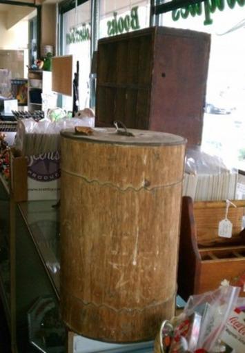 Antique Primitive Barrel Or Keg | Antiques & Vintage Collectibles | Scoop.it