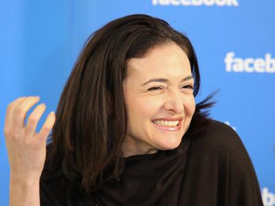 Se anche Sheryl Sandberg comincia a vendere le sue azioni Facebook | InTime - Social Media Magazine | Scoop.it
