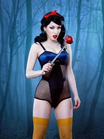 Twisted Snow White | Lingerie Love | Scoop.it