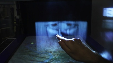 Futuristic Screen Projects 3D Images onto Fog - LiveScience.com   The Meeddya Group   Scoop.it