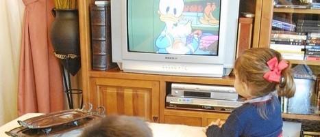 En vacaciones... los progenitores se adueñan del mando de la TV | Cuidando... | Scoop.it