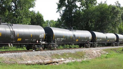 Trains plus crude oil equals trouble down the track | Sustain Our Earth | Scoop.it