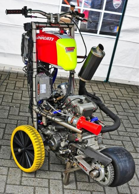 P@R1(c)!    @patrickquispel   twitter  @DucatiClubRace  finally found me that 1 of 1 bespoke Ducati that I can afford - have 2 get used 2 avant garde design   Ductalk Ducati News   Scoop.it