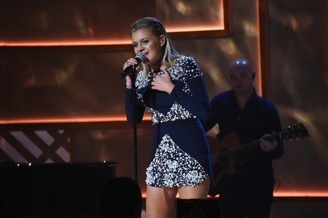 Kelsea Ballerini Thanks 'Bold Women' at Women in Music Event | Country Music Today | Scoop.it