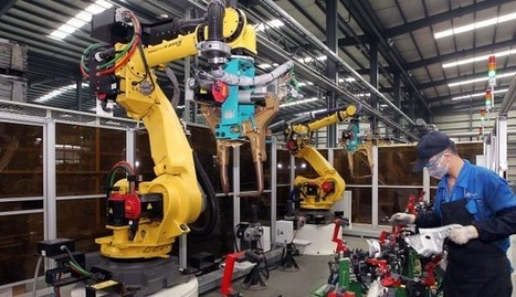 Rise of the robots: 60,000 workers culled from just one factory as China's struggling electronics hub turns to artificial intelligence | cross pond high tech | Scoop.it