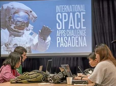 Bright minds collaborate at NASA-sponsored 'hackathon' in Pasadena - The Pasadena Star-News | Peer2Politics | Scoop.it