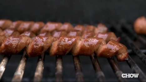 Spiral Cut Hot Dogs Before Grilling for Maximum Meaty Goodness and Plenty of Room for Toppings | Gastronomic Expeditions | Scoop.it