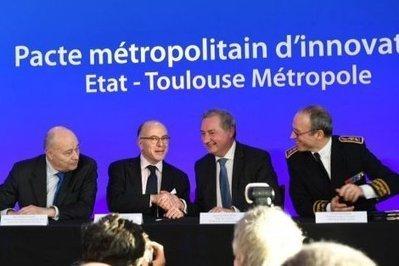 Bernard Cazeneuve annonce près de 9 millions d'euros pour les transports toulousains | Toulouse La Ville Rose | Scoop.it