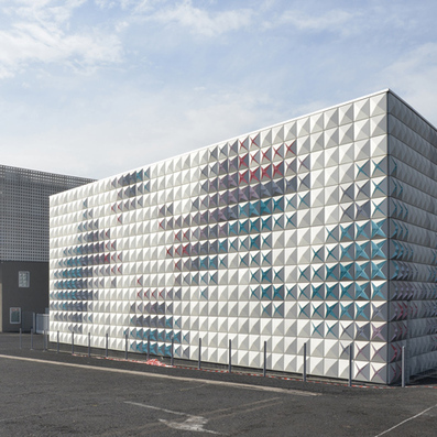 Aluminium panels blossom like flowers on warehouse by Brisac Gonzalez | Architecture and Design | Scoop.it