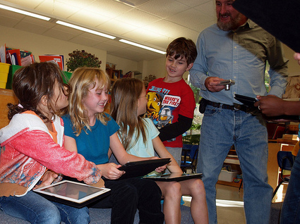 The Digital Native Myth: Why we still need to teach kids HOW to use the iPad | (innovate) educate | Reputo Diversus | Scoop.it
