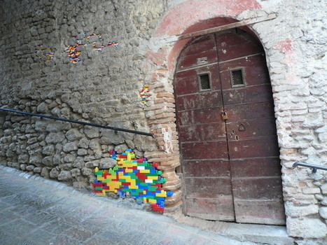 Artist Repairs Real Life Buildings with Lego | Good to be Home | e-Development | Scoop.it